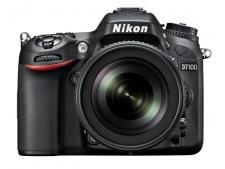 Nikon D7100 + 18-105 AF-S VR