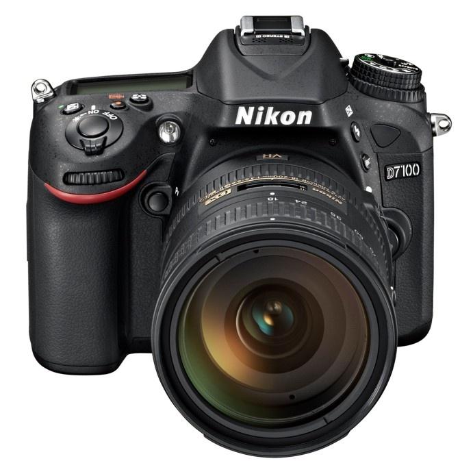 Nikon D7100 + 16-85 AF-S VR