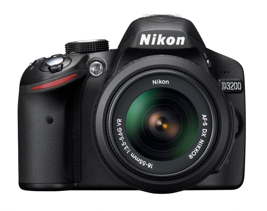 Nikon D3200 + 18-55 AF-S VR / 55-200 AF-S VR